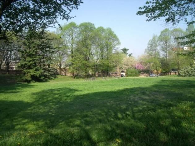 Da oggi mercoledì 7 aprile riaperti i parchi storici cittadini