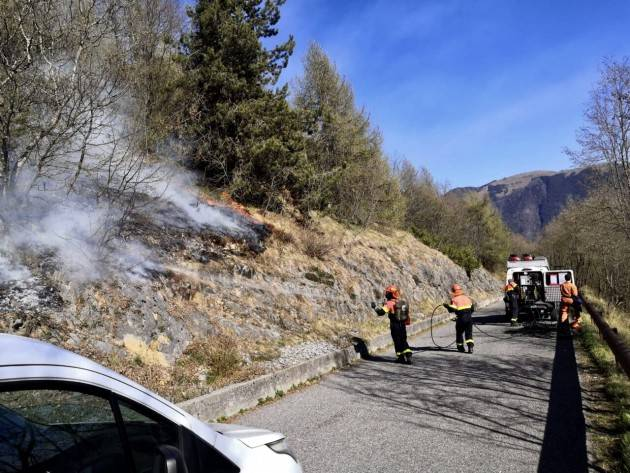 VAL GANDINO IN FIAMME: INCENDI SONO DOLOSI  - FOTO E VIDEO