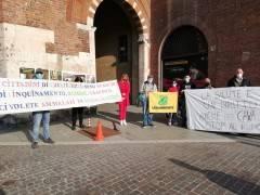Cremona  Salta incontro Comune-Arvedi-Quartiere Presidio in p.zza Stradivari
