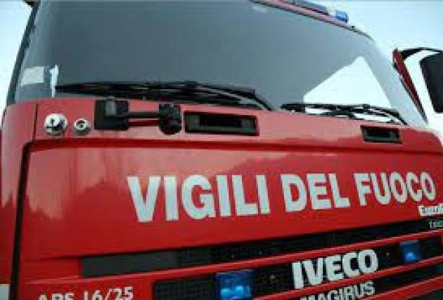 Traliccio incendiato nel Cremonese