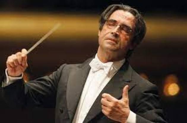 11 maggio riapre la Scala con concerto di Muti