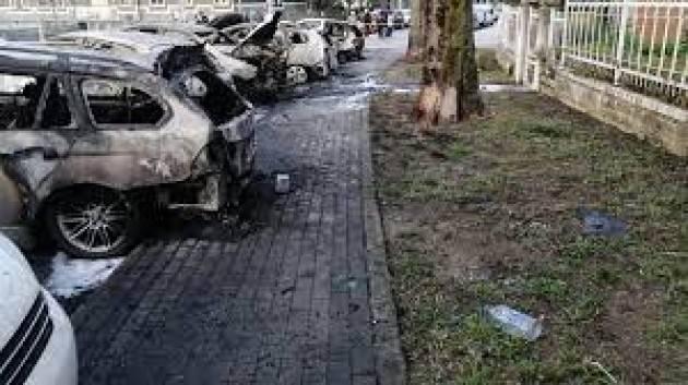 Sette auto incendiate a Mantova