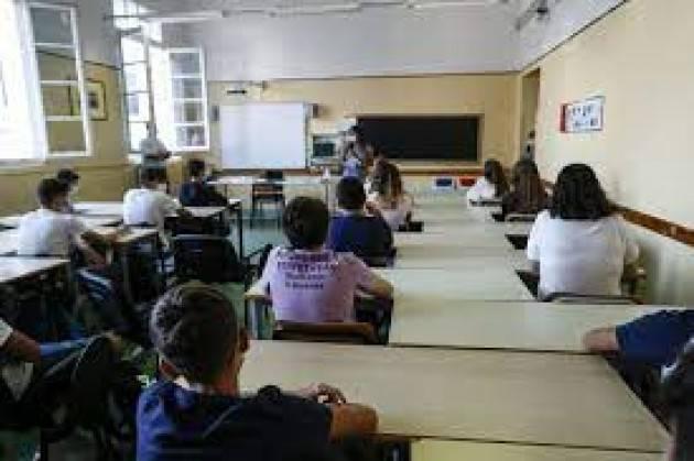 Ats Milano, contagi stabili nelle scuole