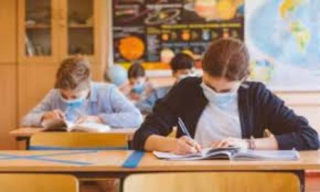 Ats Milano, 641 positivi in scuole in 7 giorni
