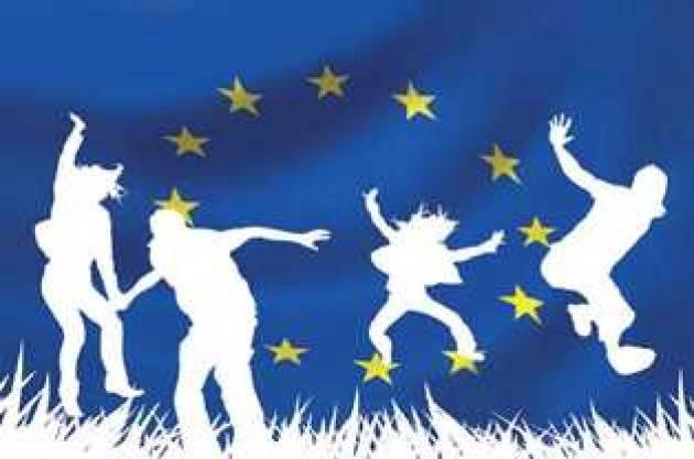 Il parlamento europeo per la Giornata dell'Europa 2021 incontra 15.000 studenti nell'assemblea Scuolazoo