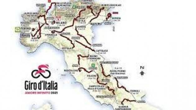 Tutte le tappe, i percorsi e le altimetrie del Giro d'Italia 2021