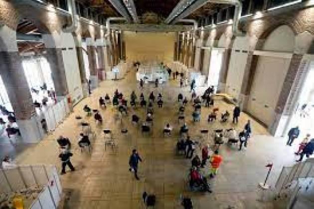 In Lombardia superate 500mila prenotazioni over50