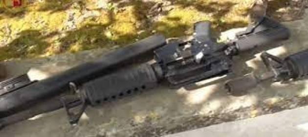 Scoperto a Bari traffico illegale di armi e munizioni