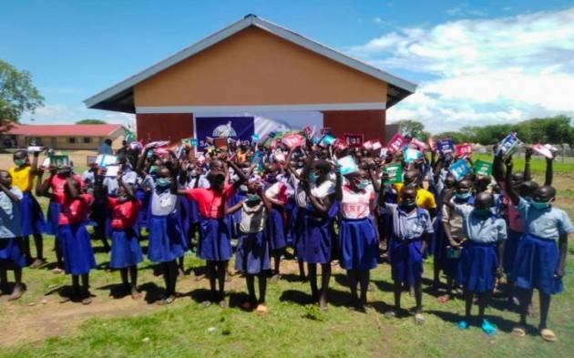 In Uganda si torna a scuola
