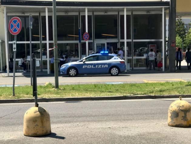 LITE TRA FIDANZATI IN OSPEDALE: ARRIVA LA POLIZIA
