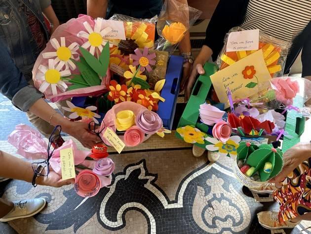 Conclusa l'iniziativa ''Con un fiore, ti penso'' per stare vicini agli ospiti delle case di riposo