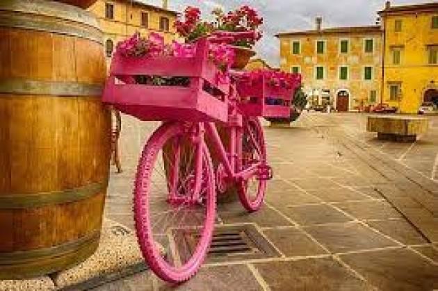 Giro d'Italia e scuola-creativa: il viaggio d'istruzione si fa a distanza