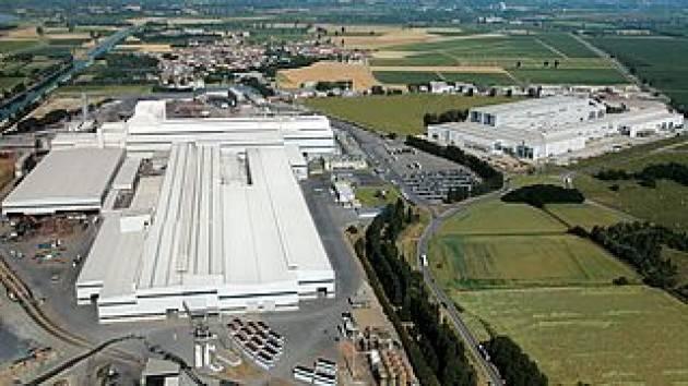 Arvedi Cremona  Magazzino Rottami : previsti  capannone insonorizzato e barriera verde