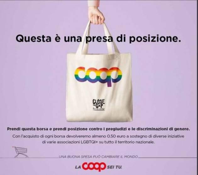 La Pride bag arriva nei punti vendita Coop Alleanza 3.0
