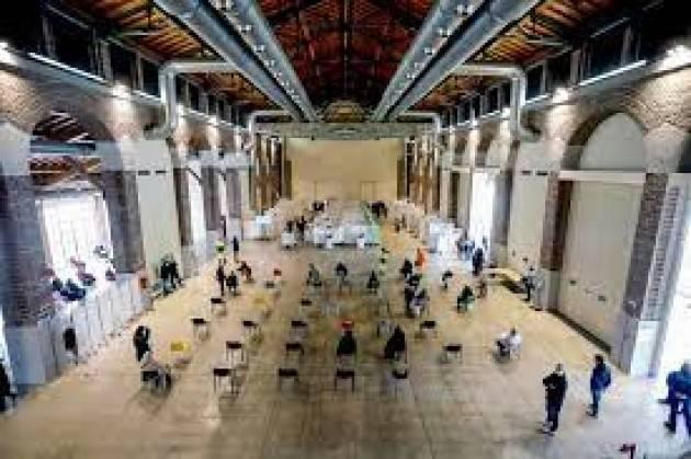 In Lombardia dal 17/6 richiami con mix per under 60