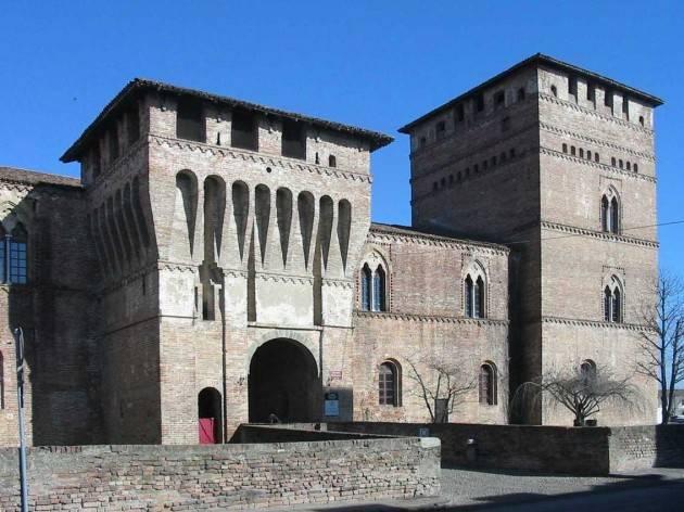 Visite serali al castello di Pandino (Cremona)