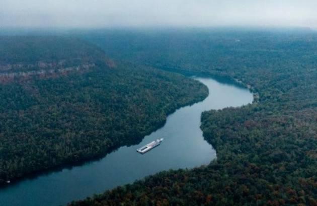 Una ricerca internazionale svela per la prima volta come i corsi d'acqua emettano anidride carbonica nell'aria