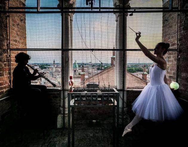 Crema Stefania Bonaldi  Targa celebrativa per il M° Jader Bignamini