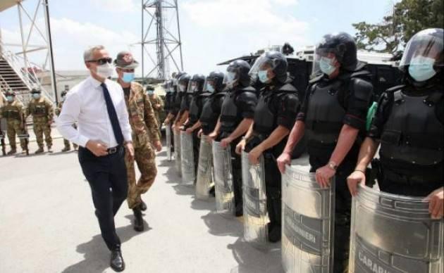Il Segretario Generale NATO Stoltenberg in visita alla KFOR