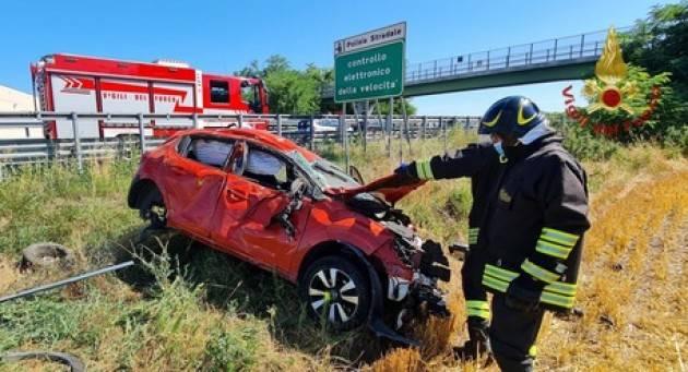 3 feriti sull'A21 nel Pavese