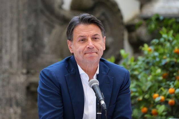 M5s, Crimi: c'è l'accordo Conte-Grillo sullo Statuto. Conte conferma