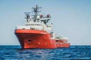 CR Pianeta Migranti. Croce Rossa Mezzaluna Rossa SOS Mediterranée insieme