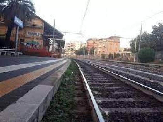 Lite sul treno Lecco-Milano, 63enne finisce in ospedale