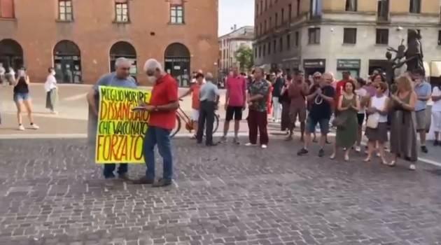 In pochi a Cremona al 'NO GREEN PASS' (Video)
