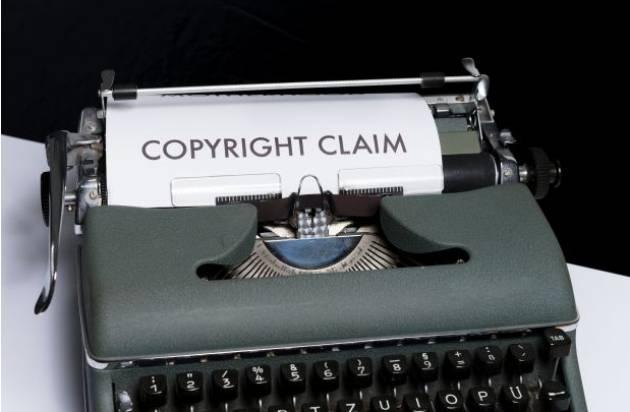 Zeuis Copyright: l'Italia e altri 22 Paesi UE nel mirino della Commissione