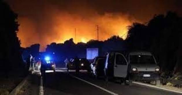 Secondo Cingolani gli incendi sono ''senza alcun tipo di ambiguità'' colpa del clima e dell'uomo