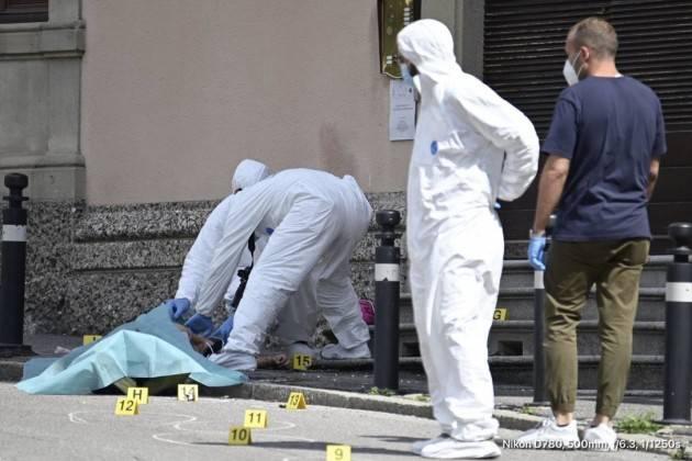 OMICIDIO DI BERGAMO: IL FERMATO ''ERO MINACCIATO, MI SONO DIFESO''