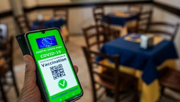 Bombardieri (sg UIL) : Sul green pass in azienda, la politica decida