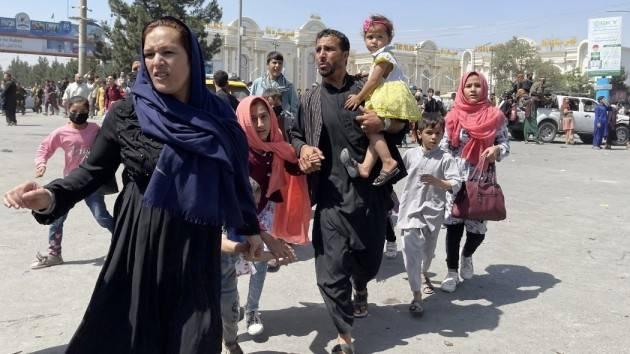 Una stanza per una donna afghana in fuga dal fondamentalismo   Il melograno