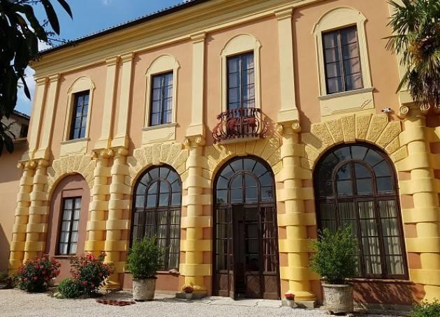 Target Visita alla scoperta di Villa Manna Roncadelli a Corte de' Frati