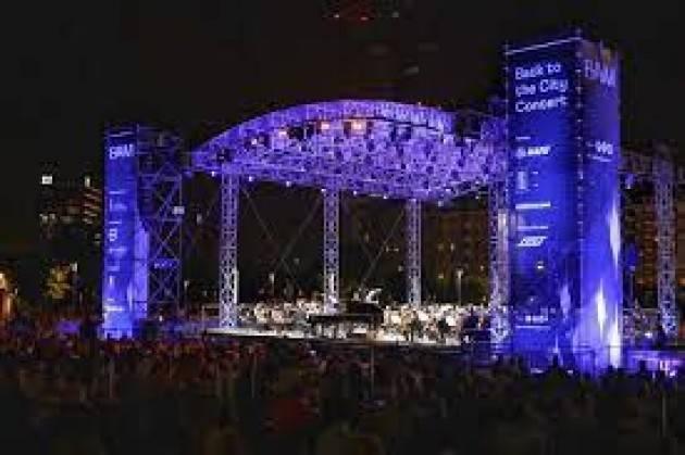 In 6 mila a Milano per concerto Bollani e la Verdi