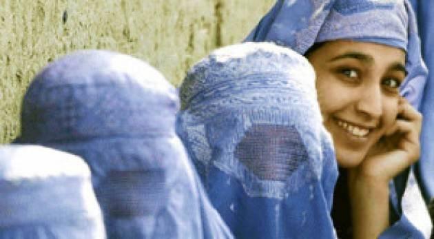 INSIEME ALLE DONNE AFGHANE: NESSUNO IN SILENZIO