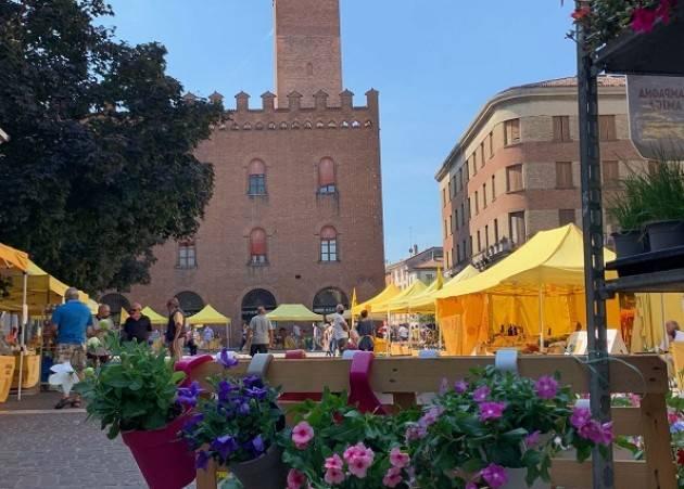 Coldiretti Campagna Amica domani in piazza Stradivari a Cremona
