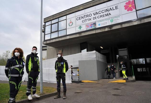 Cremona Confermato lo sconto taxi per chi si reca al polo vaccinale