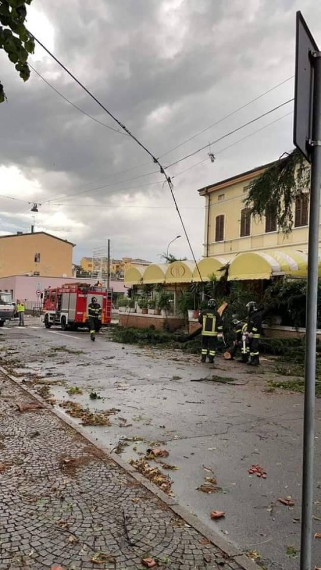 INGENTI I DANNI CAUSATI DAL MALTEMPO: FAMIGLIE RIMASTE SENZA CASA - FOTO