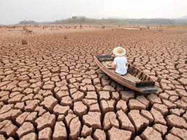 CR Pianeta Migranti. Banca Mondiale 216 milioni profughi climatici entro 2050