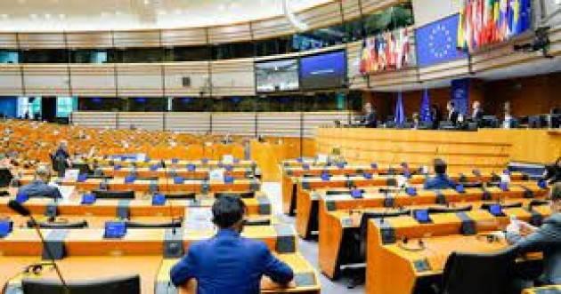 Europarlamento: rafforzare la lotta contro le pratiche fiscali dannose