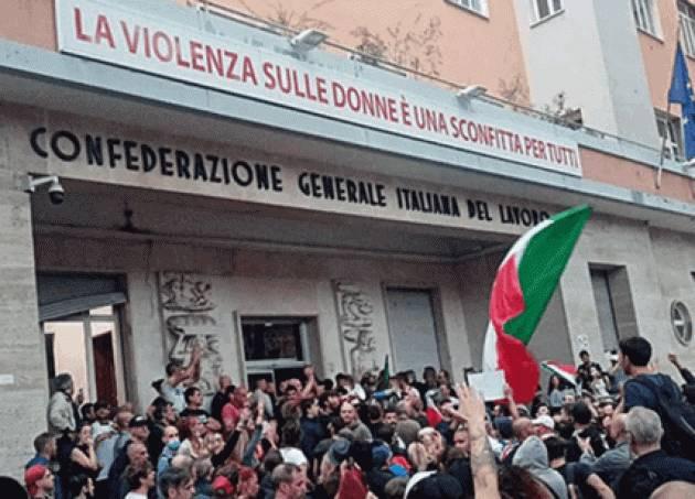 Con i NO VAX è giusto parlare Con i Fascisti nessun  dialogo | Licio D'Avossa