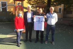 Cremona Le magliette del tennis in carrozzina donate in beneficienza